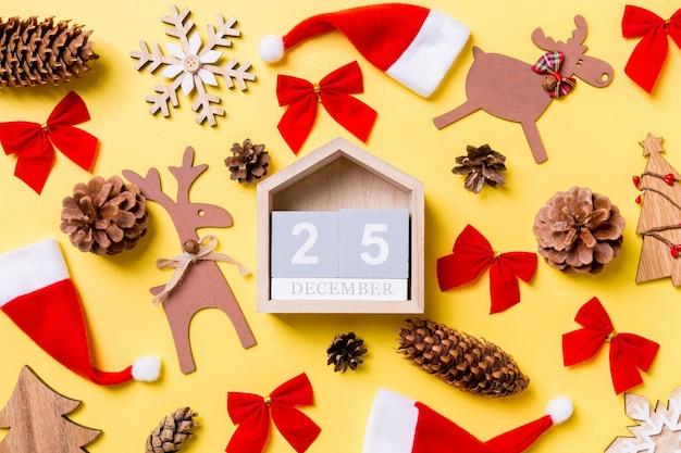 Calendário e decorações de natal