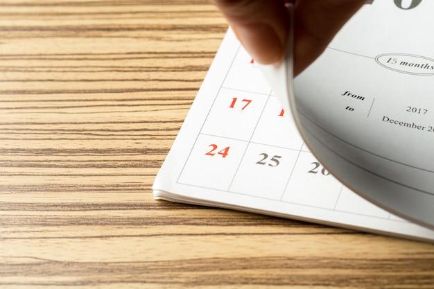 Calendário na mesa
