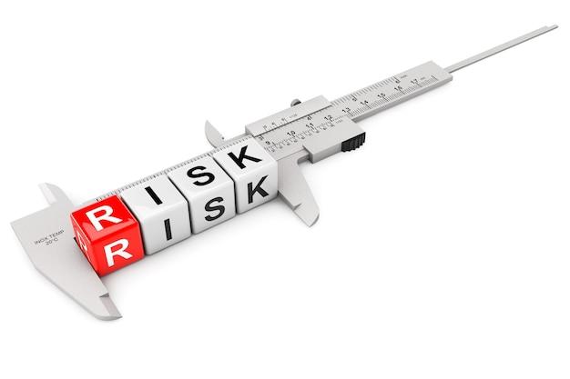 Caliper mede cubos de risco em um fundo branco