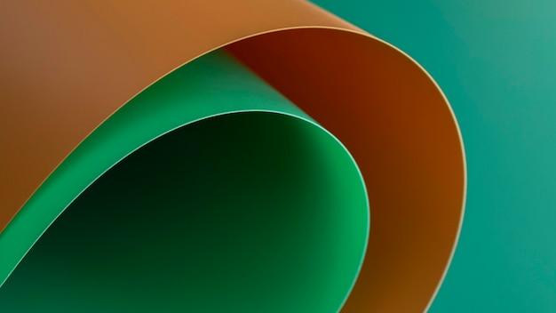 Camadas de alta visualização de papéis coloridos