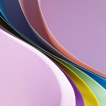 Camadas de papéis coloridos curvos