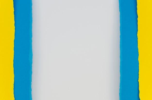 Camadas de papel multicolorido
