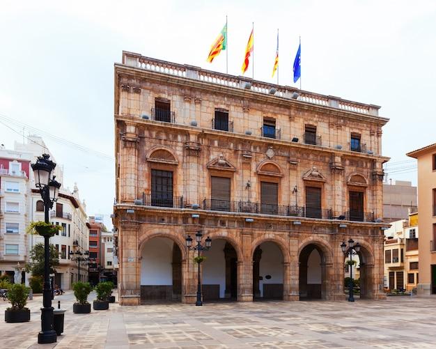 Câmara municipal na praça da cidade. castellon de la plana