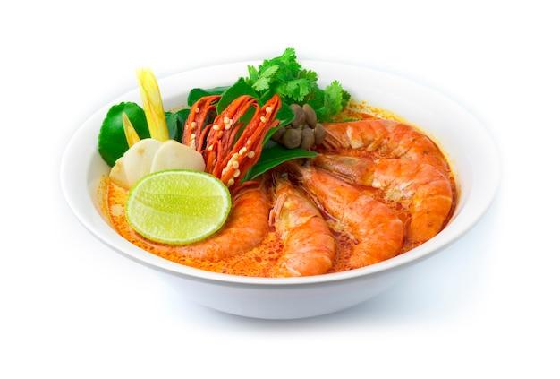 Camarão com sopa picante (tom yum goong)