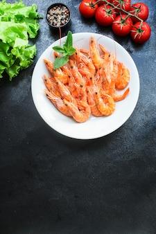 Camarão cozido de frutos do mar pronto para comer camarão natural