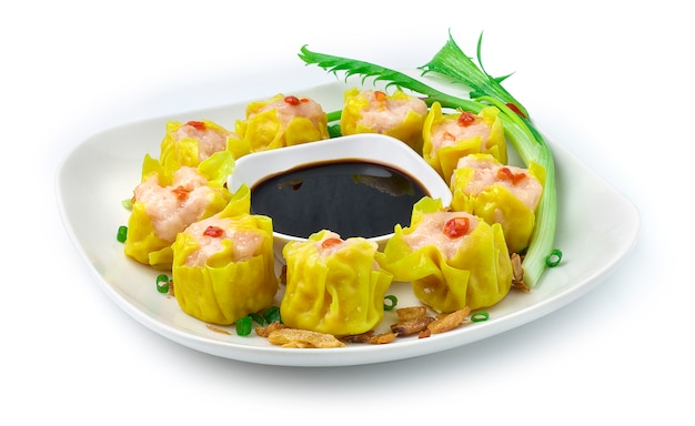 Camarão cozido no vapor dumbling chinês, fusão de comida asiática