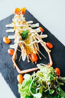 Camarão grande grelhado ou camarão com molho