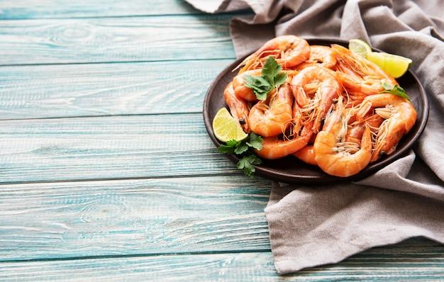 Camarão servido em um prato