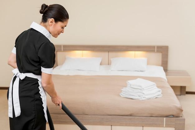 Camareira, limpeza, quarto hotel