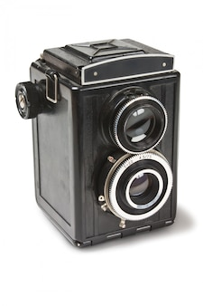 Câmera antiga isolada no branco