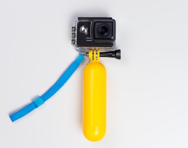 Câmera de ação em caixa à prova de água com vara flutuante