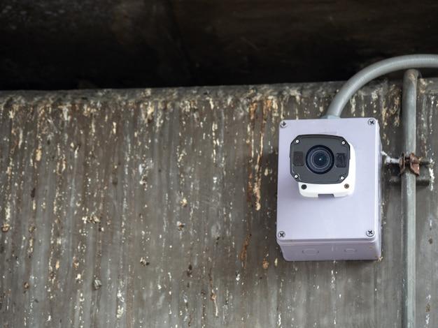 Câmera de segurança cctv instalado no aeroporto e metrô para monitoramento de segurança e sur