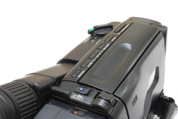 Câmera de vídeo preta com botões e interruptores