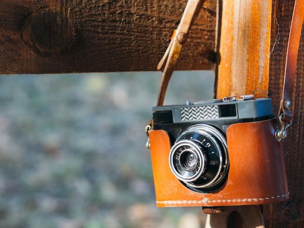 Câmera de visão frontal na tampa no ombro