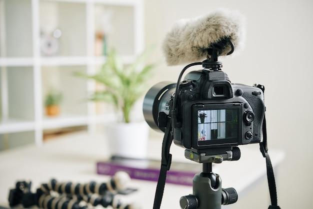Câmera digital com microfone fofo