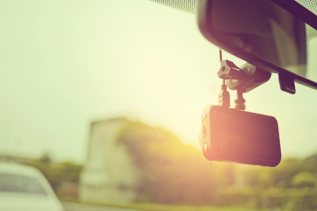 Câmera do carro, gravador de vídeo, condução, segurança na estrada,