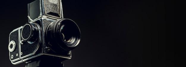 Câmera profissional vintage com espaço de cópia