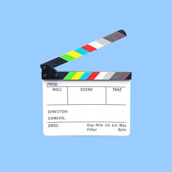 Câmera slate o equipamento para pós-produção de cinema isolado em azul.
