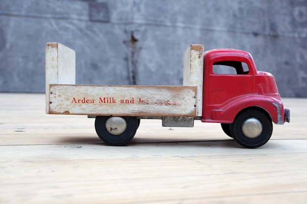 Caminhão de brinquedo