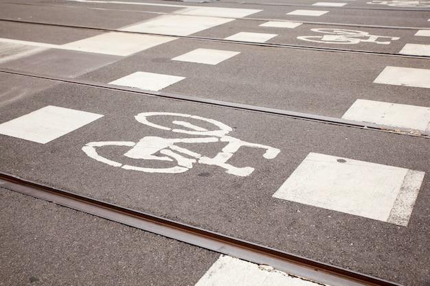 Caminho de bicicleta em milão