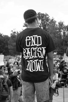 Camisa da matéria vidas negras