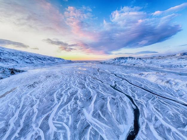 Campo coberto de neve