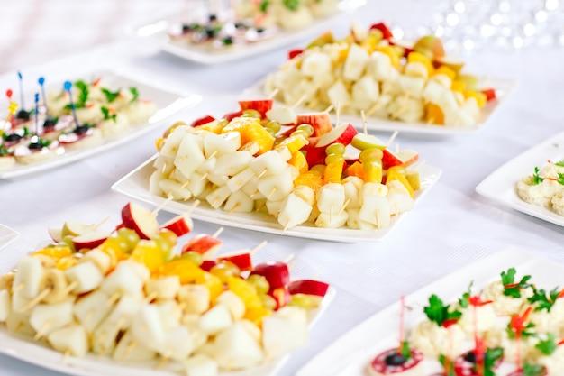 Canapés de frutas