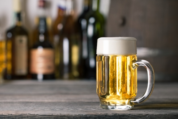 Caneca de cerveja clara