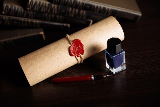 Caneta pública de tabelião e carimbo no testamento e última vontade