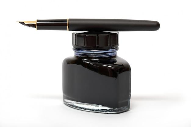 Caneta-tinteiro com frasco de tinta