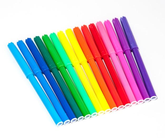 Canetas de ponta de feltro coloridas