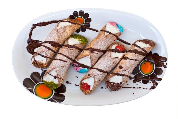 Cannoli di ricotta siciliani - pastelaria siciliana