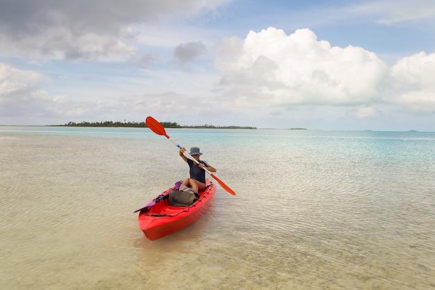 Canoagem na lagoa de aitutaki