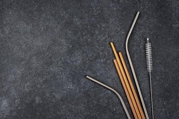 Canudos de aço inoxidável e ferramenta de limpeza