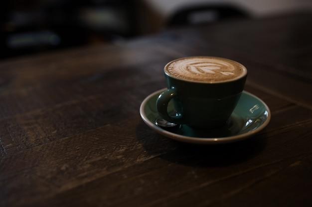 Cappuccino em madeira