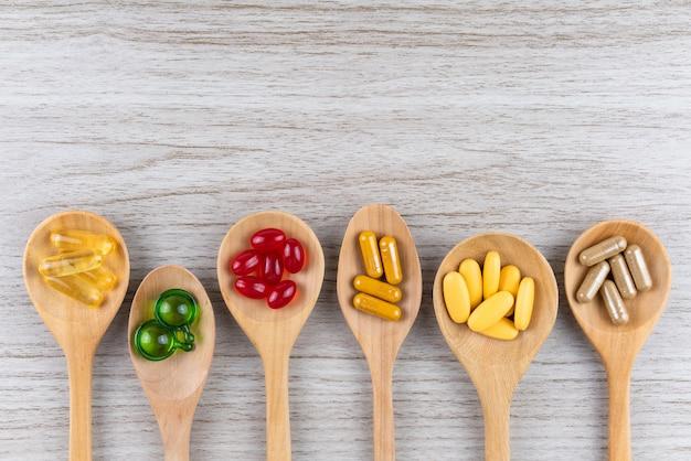 Cápsula alternativa de ervas medicinais, vitaminas e suplementos naturais