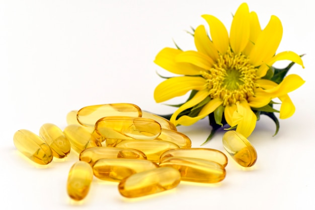 Cápsula de suplemento dietético a partir de ingredientes naturais.