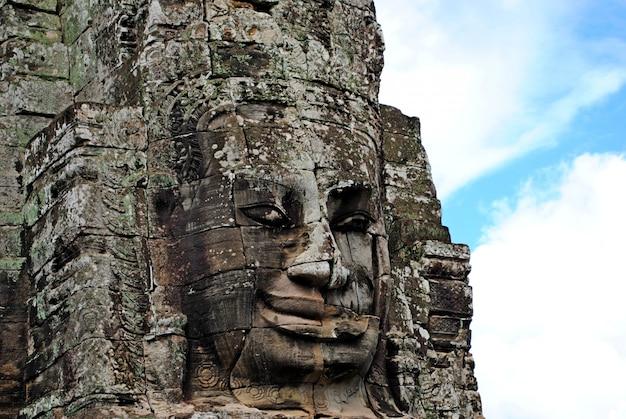 Cara de pedra da escultura, close-up