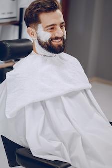Cara na barbearia