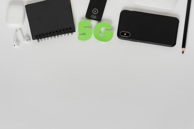 Caracteres plana 5g leigos com telefone
