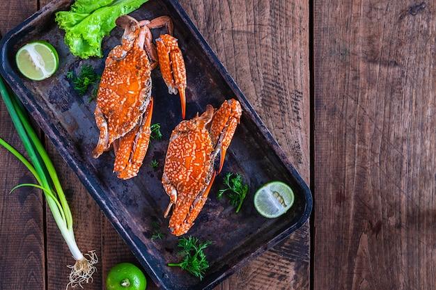 Caranguejos cozidos, marisco, em, prato, tabela