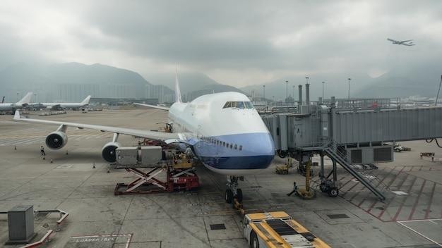 Carga de carga no avião, hong kong