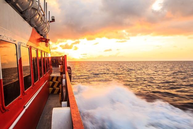 Carga offshore indústria de produção de petróleo e gás petróleo