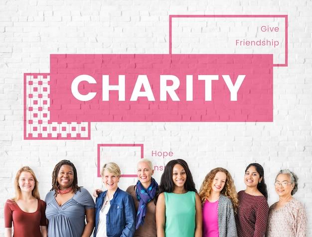 Caridade ajudando pessoas juntas