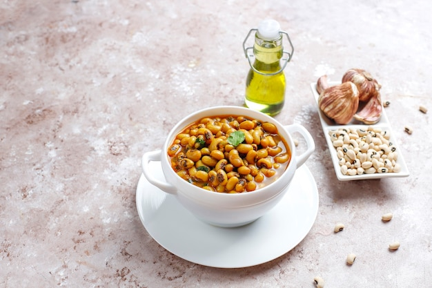 Caril de feijão preto, culinária indiana.