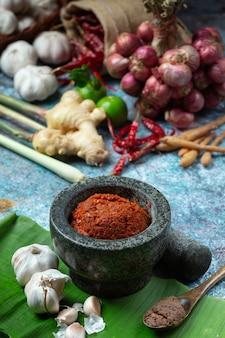 Caril de pimenta e temperos comida tailandesa