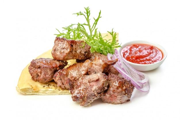 Carne assada isolada