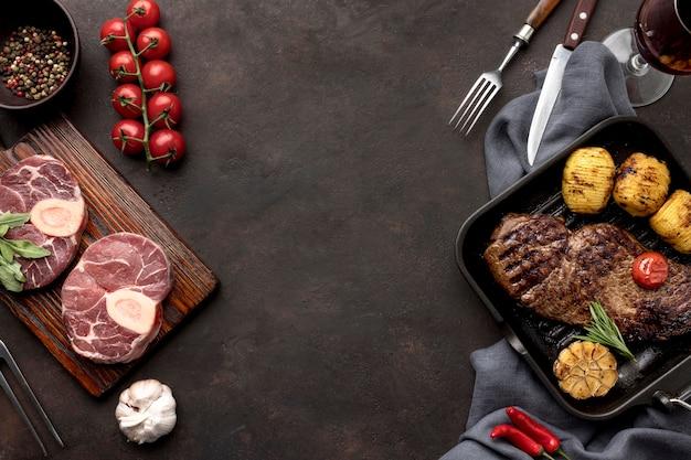 Carne crua preparada para ser cozida