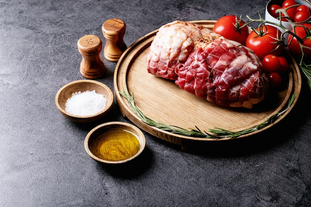 Carne de porco crua