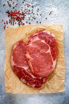 Carne marmorizada orgânica fresca crua